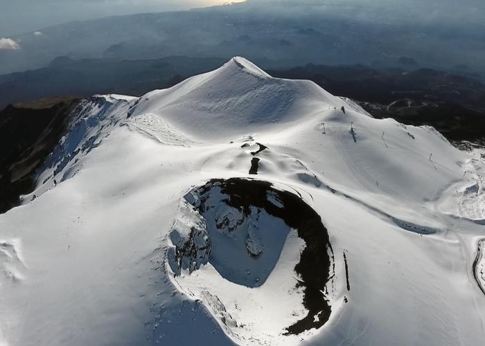 Snowkite Etna